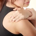 У вывиха сустава плеча свои симптомы и лечение