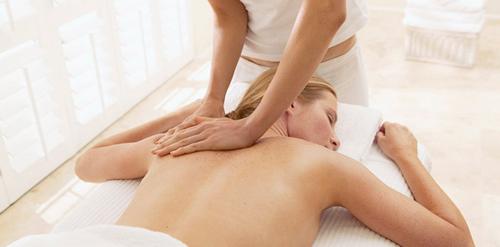 растяжение спины лечение